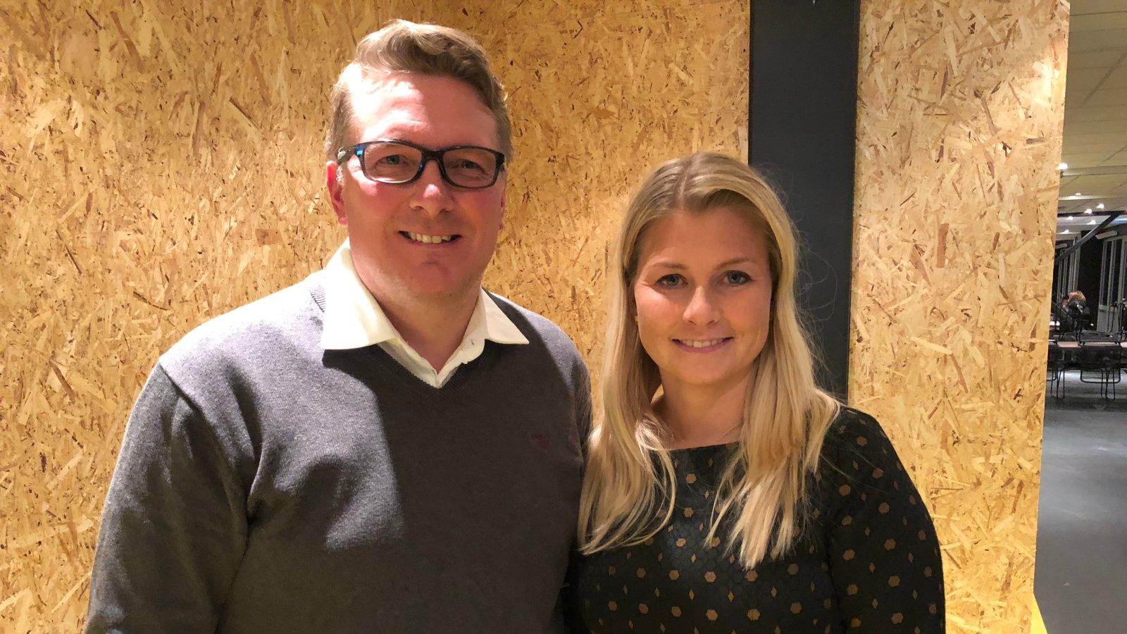 Nyvalgte styreleder i Bodø/Glimt Inge Henning Andersen og avtroppende styreleder Hege Leirfall Ingebrigtsen.