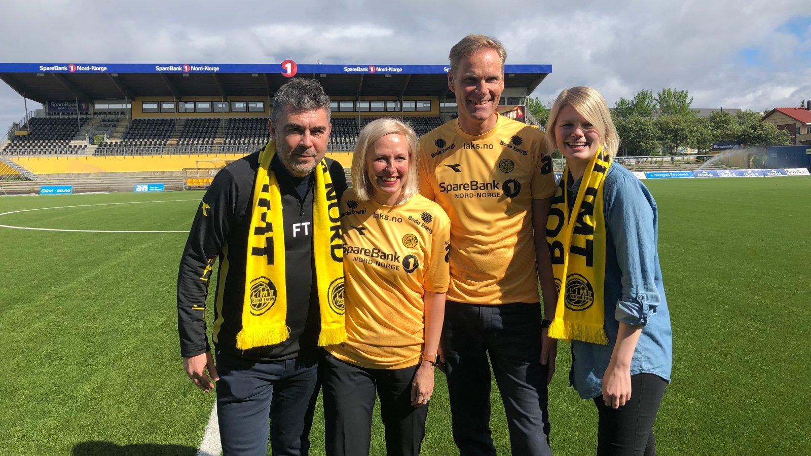 Frode Thomassen, Trude Glad (konserndirektør Sparebank 1 Nord-Noge Helgeland og Salten), Per Martin Olsen (banksjef Sparebank 1 Nord-Norge Bodø) og Jannike Ramsvik har signert under på ny avtale.