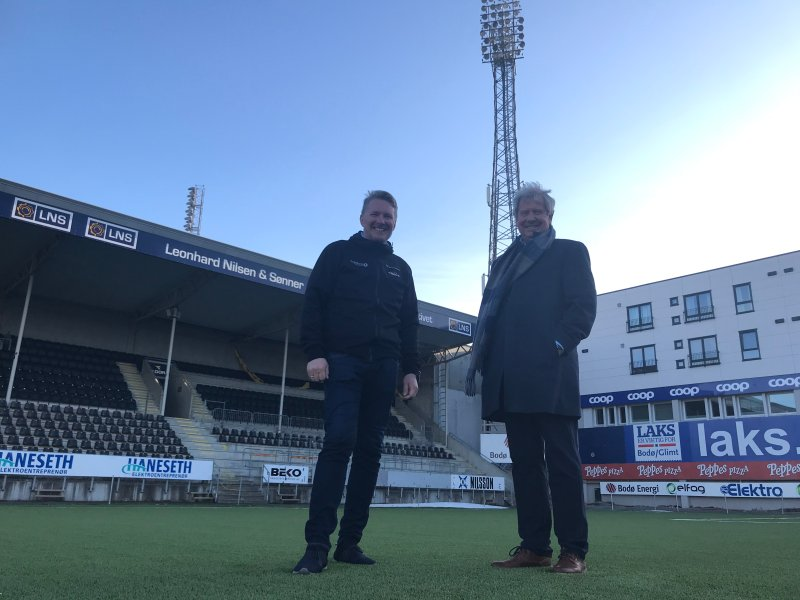 Styreleder i FK Bodø/Glimt, Inge Henning Andersen og Ove Andreassen fra Nordlandsglimt.