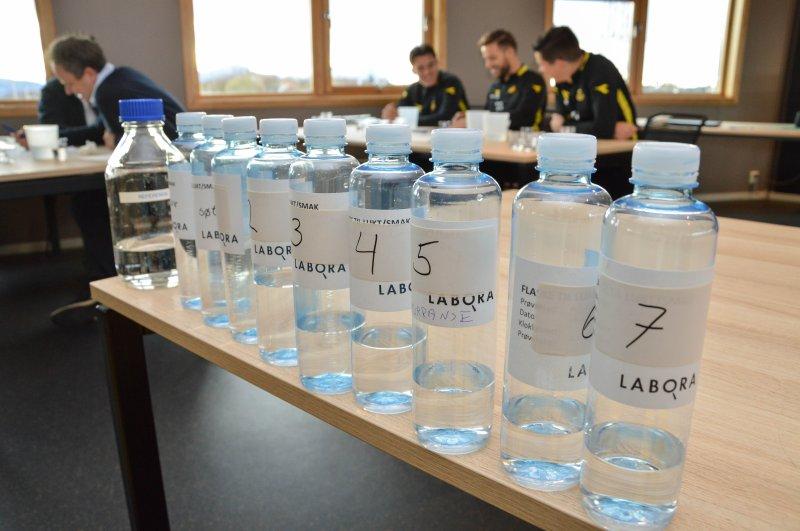 Den uformelle konkurransen ble utført som en blindtest. Foto: Lise Fagerbakk