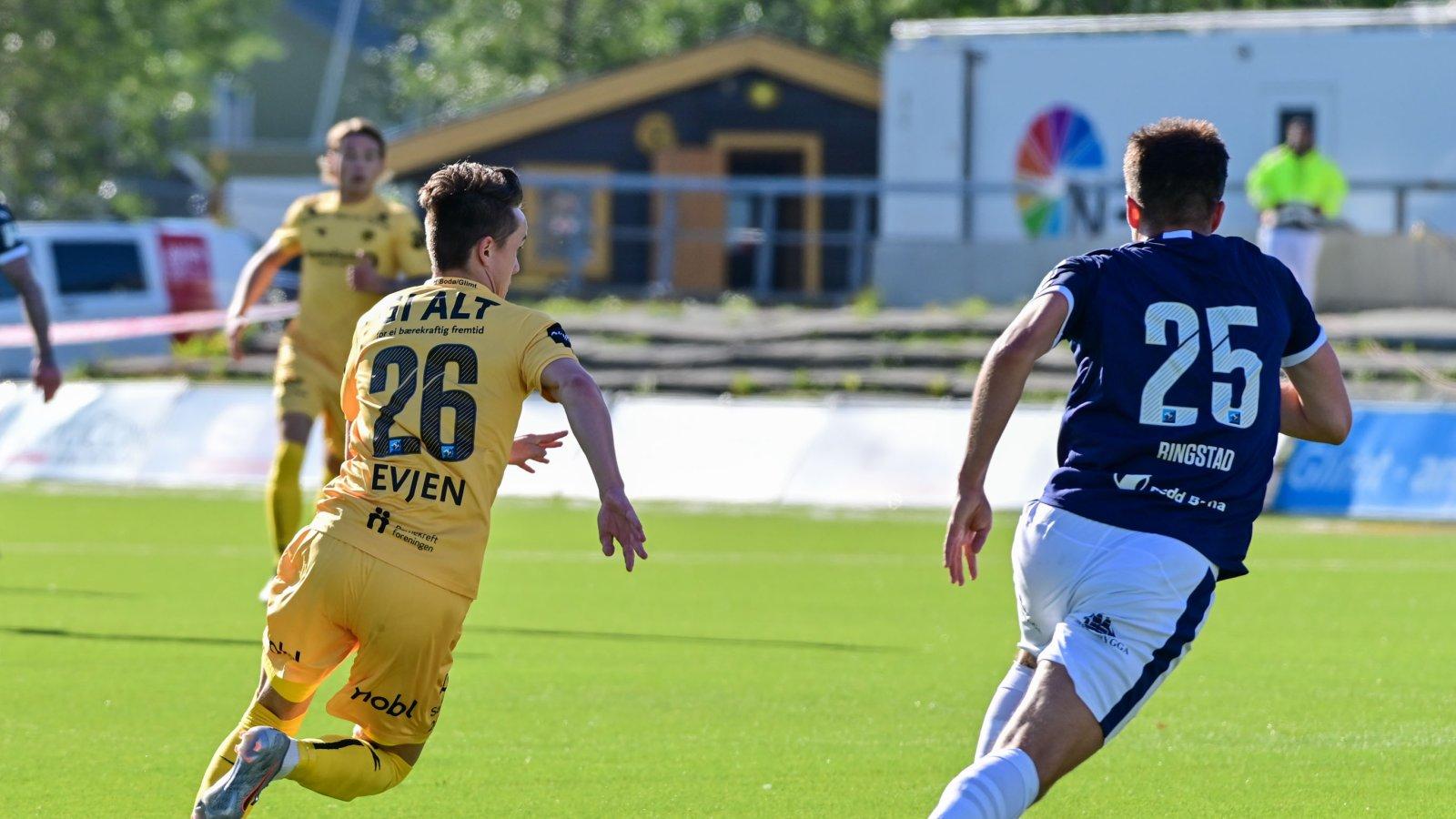 Håkon Evjen under kampen mot Strømsgodset.