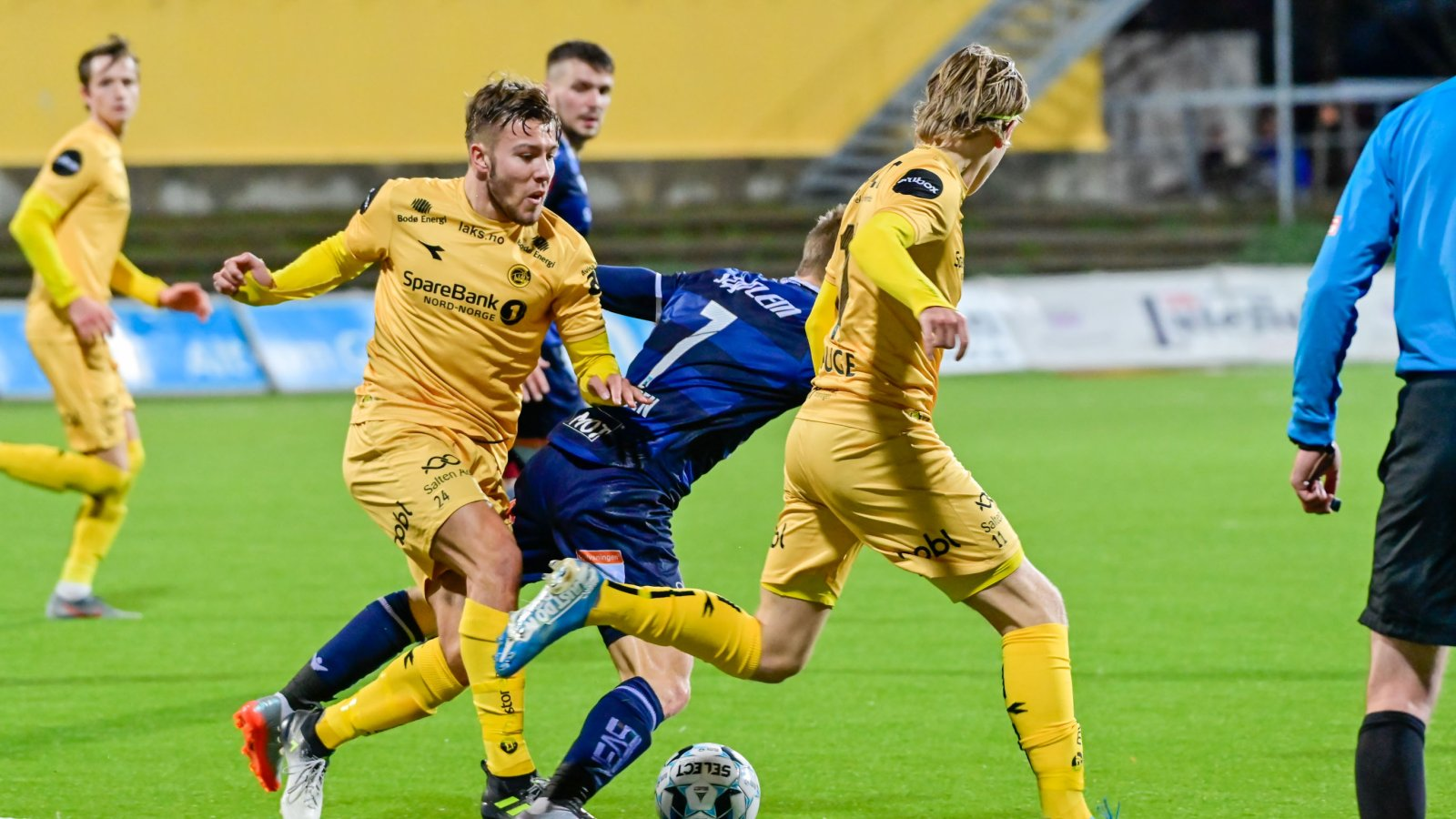 Fredrik André Bjørkan i kampen mot Kristiansund på Aspmyra 2019.