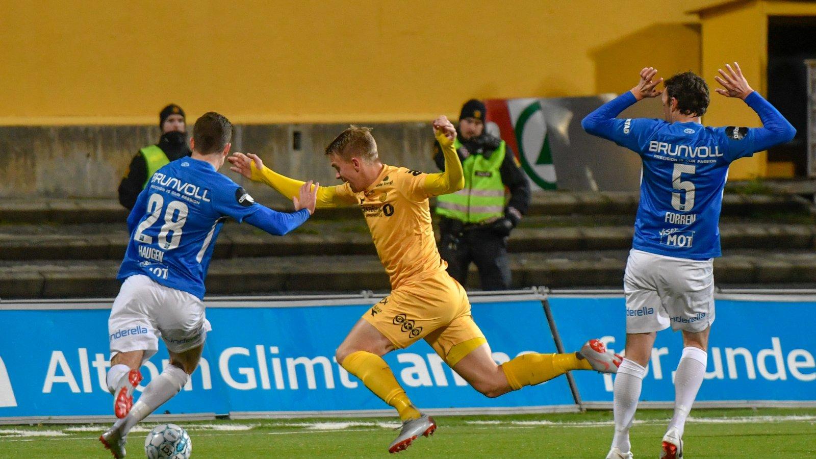 Kristian Fardal Opseth under hjemmekampen mot Molde som endte med 0-1 tap.